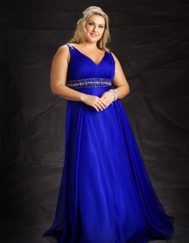 dc799fa9d6a27 This dress has a decorated belt under the bust and can also look great for royal  blue bridesmaid dresses.
