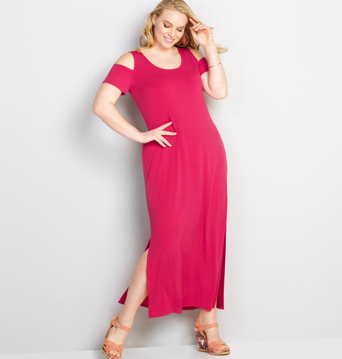 be4cef22b4f This plus size dress is youthful and comfortable. It has knee-length splits  on each side for a looser